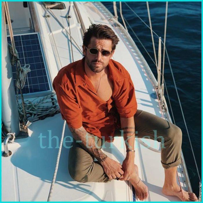 Serkay صوره في رحله بحرية scaled