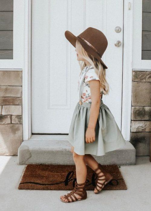فستان بالقبعه