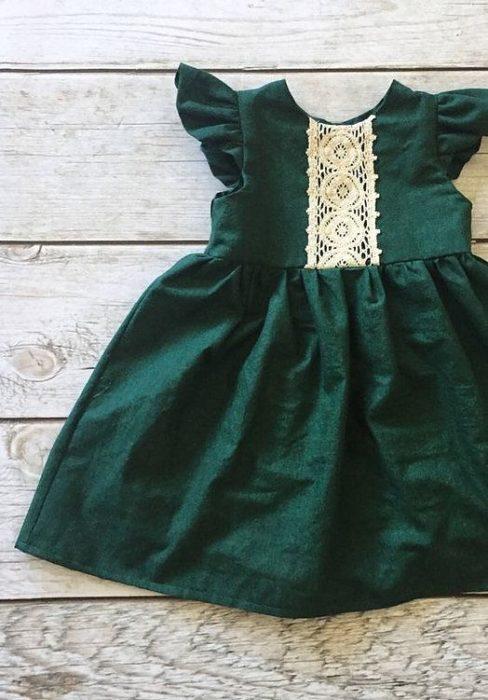 فستان زيتي اللون